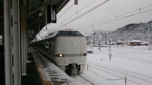 浜松駅から金沢駅への行く方法とは?:列車編