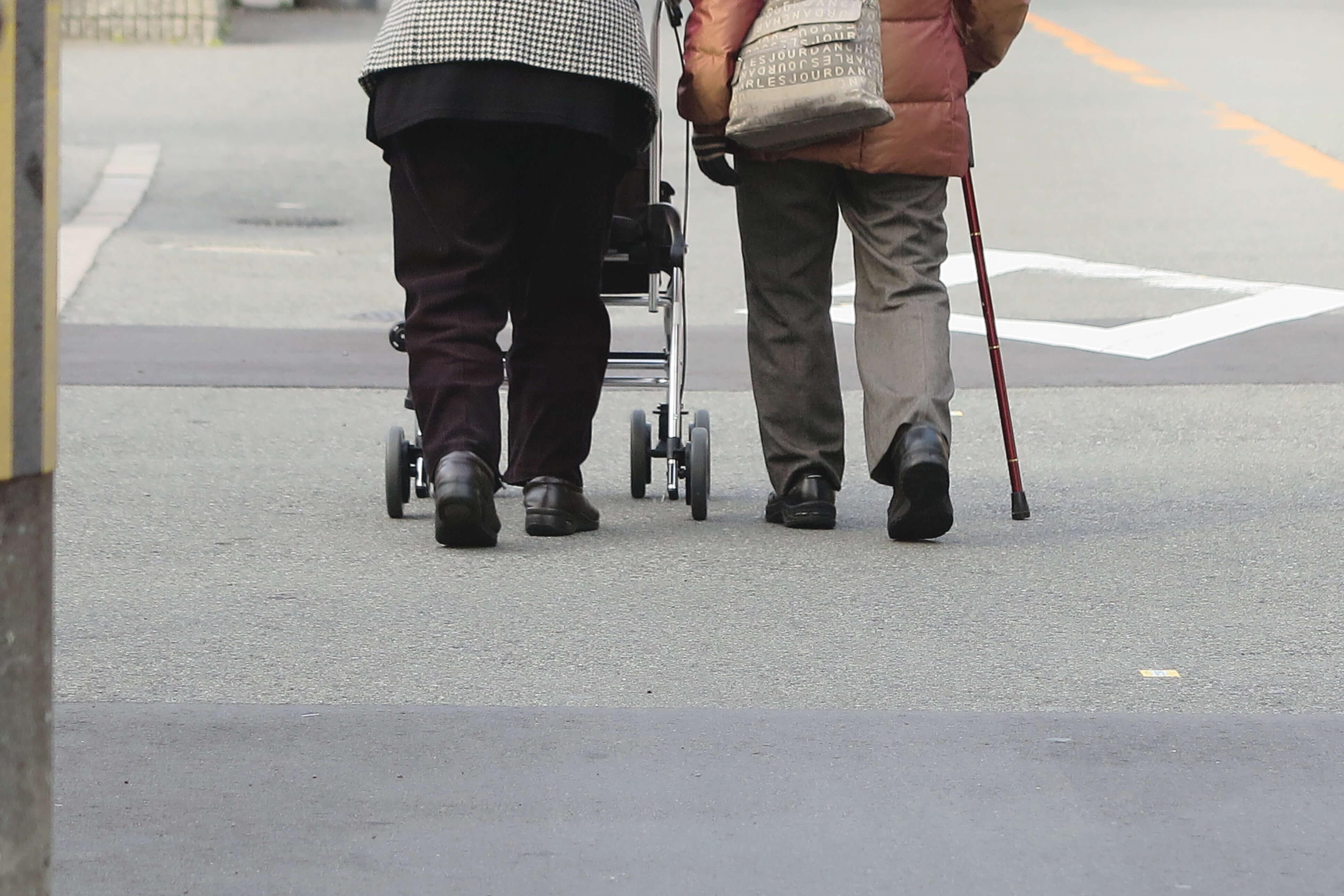 高齢化社会で骨粗しょう症が増えています!予防法は?