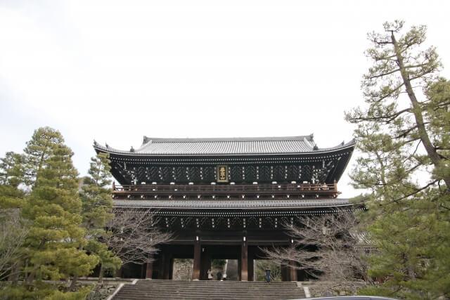 年に一度:京都知恩院のミッドナイト念仏in御忌とは?