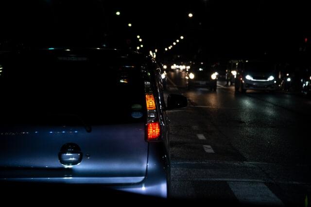 【名古屋走り】ウインカーも出さない危険な運転に困惑